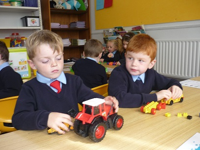 Junior_Infants_hard_at_work_9.jpg