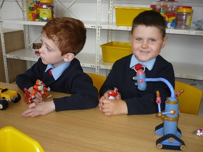 Junior_Infants_hard_at_work_7.jpg
