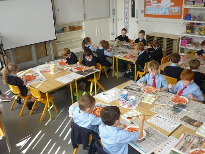 Junior_Infants_hard_at_work_10.jpg